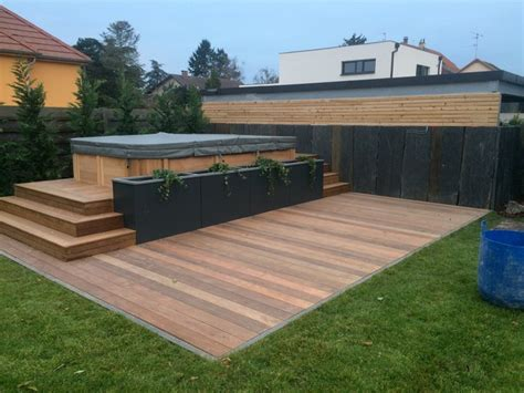 renovation meubles de cuisine intégration d 39 un spa de nage moderne jardin