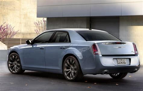 2014 Chrysler 300 S 2014 chrysler 300s preview 2013 los angeles auto show