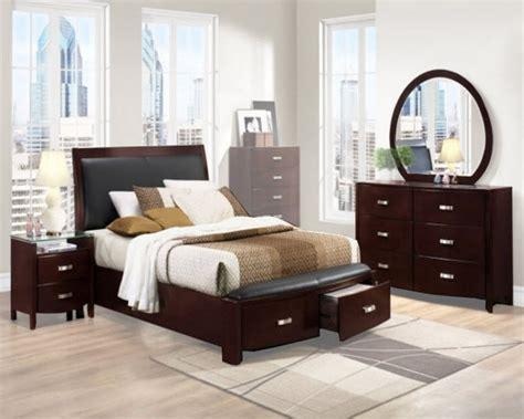 Homelegance Bedroom Set Lyric El1737ncset