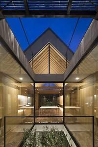 ARK / APOLLO Architects & Associates | ArchDaily