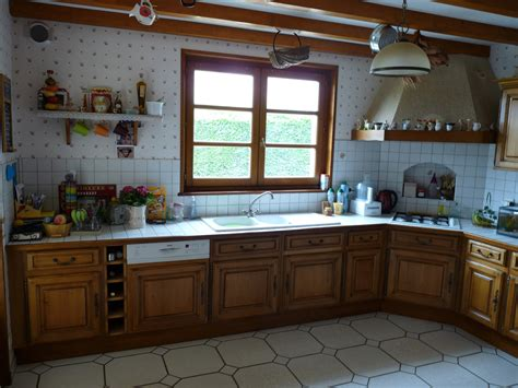 cuisine en chene rnover cuisine rustique cuisine en gris fonc