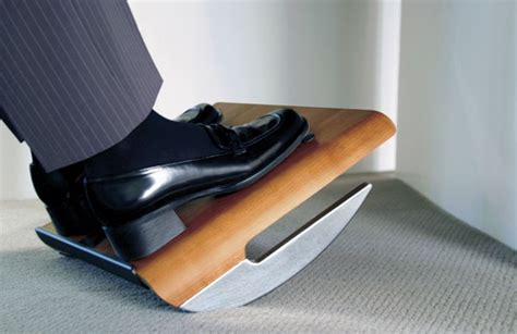 under desk foot stool fm 500 ergo foot rest from humanscale