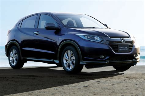suv honda honda vezel hybrid parked photo 7