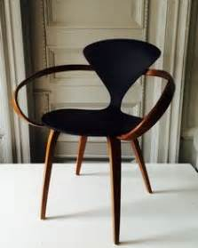 chaise cherner chapter 4 contemporary diphros stool this