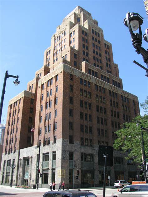 LandmarkHunter.com | Wisconsin Gas Company Building