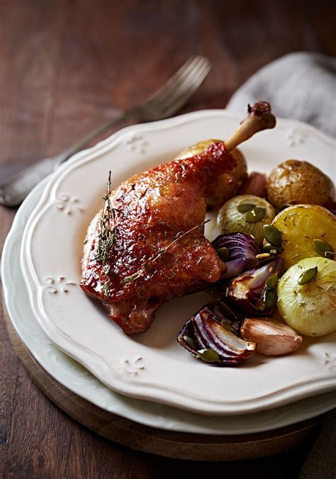 cuisine canard recette canard aux olives et ail en chemise