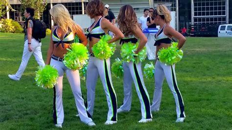 seattle seahawks seagals cheerleaders head turning group