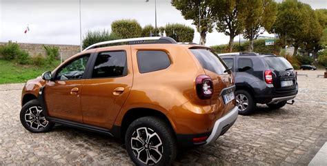 renault duster 2018 dacia duster faces its predecessor in first review