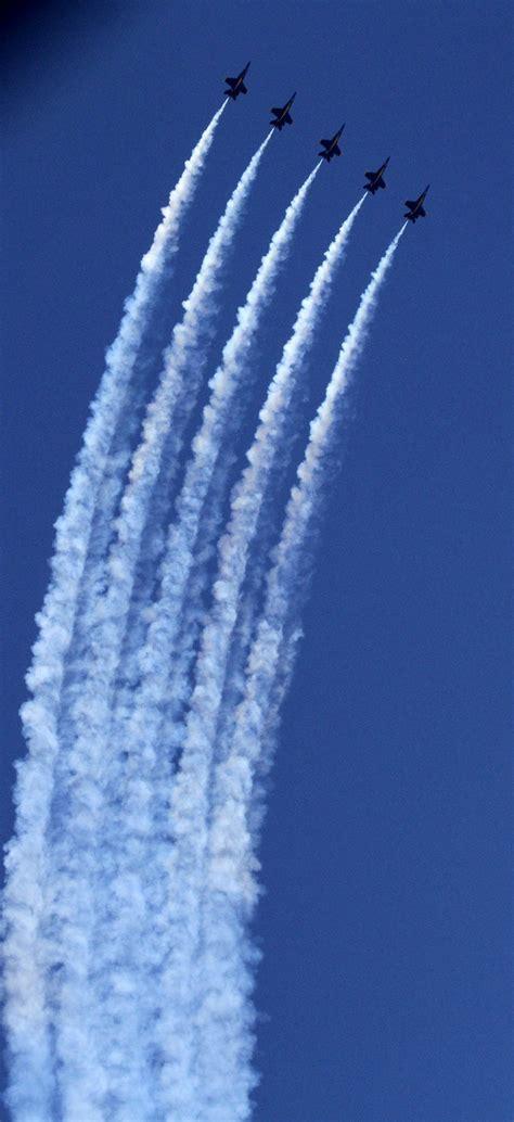 seafair weekend brings  roar  hydroplanes blue