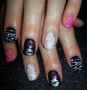 Day 35 XOXO Nail Art - - NAILS Magazine