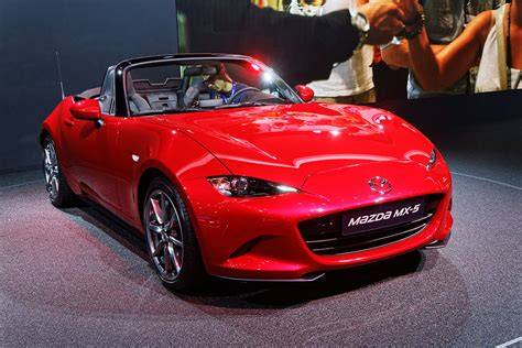 2018 Mazda Mx 5 Rf Is Equipped With 6speed Manual