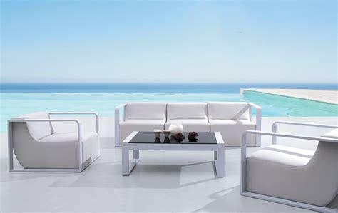 salon d exterieur design salon de jardin modulable aluminium et cuir blanc