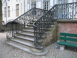 Choosing A Wrought Iron Stair Railing Founder Stair