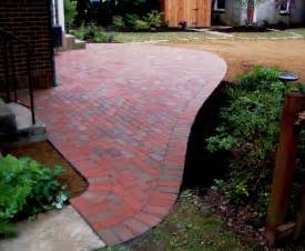 Image of: Brick Patio Design Brick Phone Picture Brick Patio Designs For Your Garden