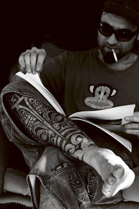 tatouage mollet polynesien