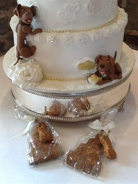 cakes  dogs decorations  tier lace wedding cake
