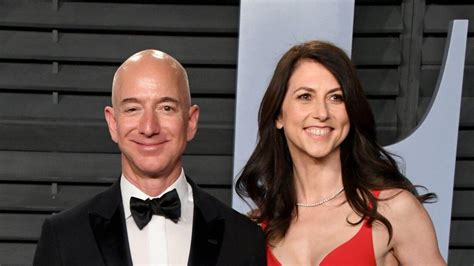 Jeff Bezos Praises Ex-Wife MacKenzie for Committing to ...