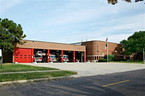 Peoria Council Makes No Decisions on Fire Department Cuts ...