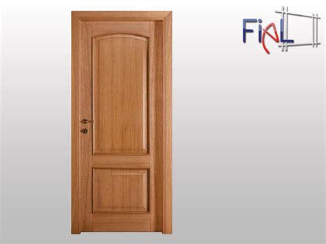 foto porte pin porte interne in legno massicce on