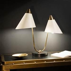 Lampe De Table Cinema : belle lampe de bureau tubulaire laiton avec son abat jour rond vert style ann es 50 ~ Teatrodelosmanantiales.com Idées de Décoration