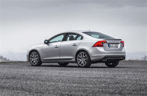 Volvo Announces Polestar Performance Parts For V40, S60