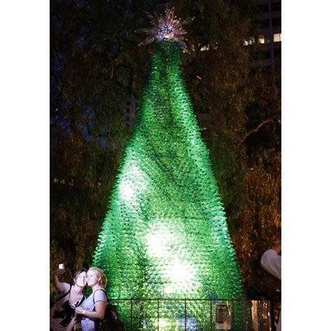 Christmas Tree Waterer 2 Liter Bottle by 17 Best Images About Soda Bottle Christmas Tree On