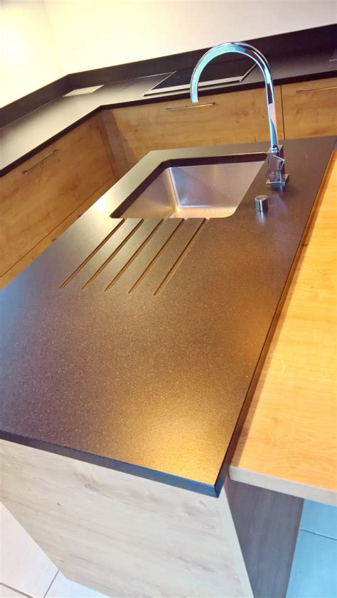 vitre pour table de cuisine table cuisine noir table de cuisine agatha vitre noir 4