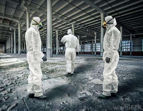types  asbestos hazards