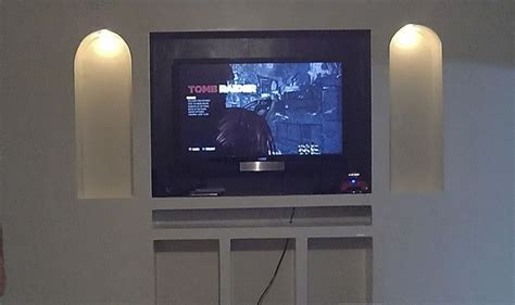 recessed entertainment wall
