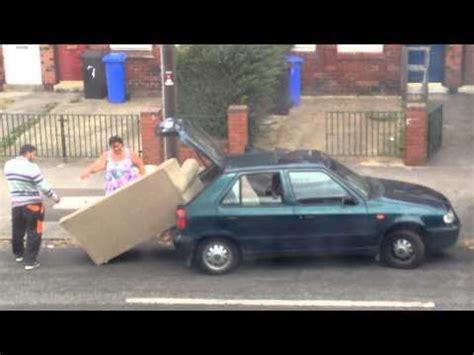 déménager un canapé déménager un canapé dans une voiture fail