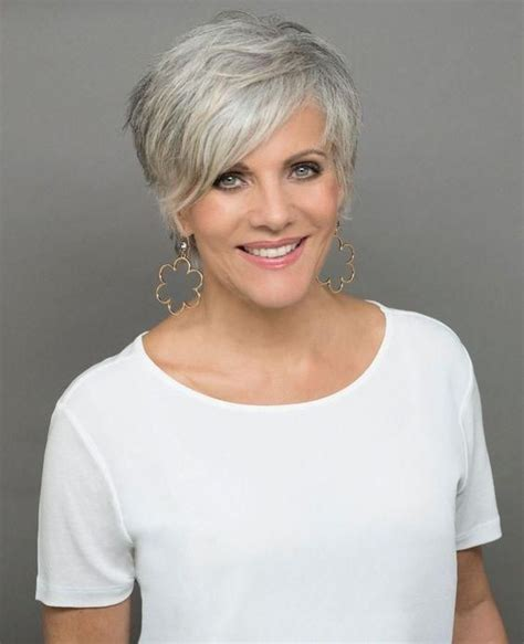 Simple Short Hairstyles for Women over 50 for 2018 #