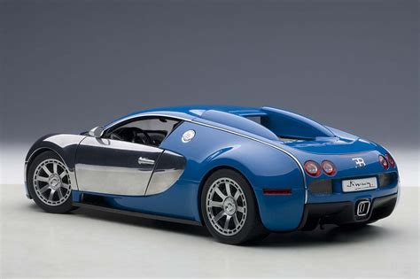 Bugatti Veyron Blue And White by Highly Detailed Autoart Die Cast Model Blue White Bugatti
