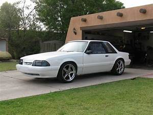 Garage Ford 93 : white 5 0l fox mustang w 18x9s in rear with 285 35s 18x8s with 235 40s in the front 5 0 fox ~ Melissatoandfro.com Idées de Décoration