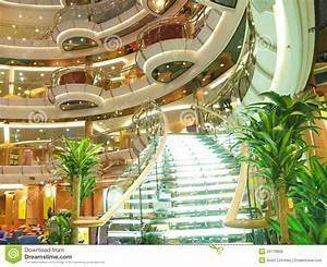Yacht De Luxe Interieur : int rieur de luxe de bateau de croisi re images libres de droits image 20778809 ~ Dallasstarsshop.com Idées de Décoration