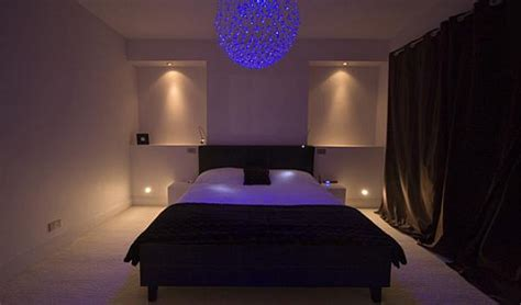 Lights For Bedroom : Useful Tips For Ambient Lighting In The Bedroom