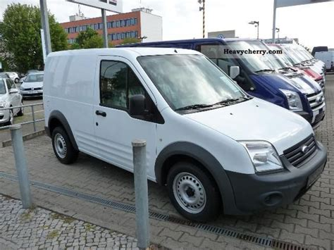 Ford Connect Van 200 City Light 2011 Box-type Delivery Van