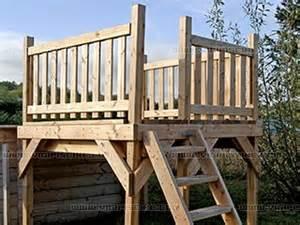 Escalier Pour Piscine Hors Sol En Bois by Deck En Bois Oslo 2m X 2m Pour Piscine Hors Sol Sur