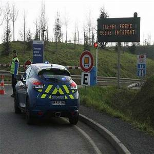 Paris Angers Voiture : angers accident le tunnel de l 39 a11 est rouvert dans le sens paris courrier de l 39 ouest ~ Maxctalentgroup.com Avis de Voitures