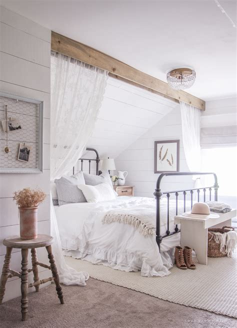Perfect Farmhouse Style Bedroom Popular