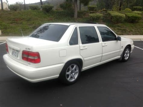 Volvo Thousand Oaks by Find Used 1999 Volvo S70 Glt Sedan 4 Door 2 4l In Thousand