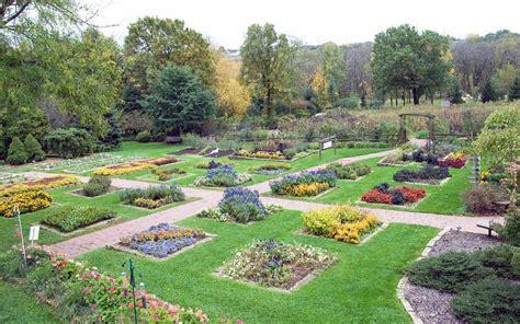 dubuque arboretum and botanical gardens dubuque arboretum and botanical gardens