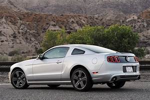 06 Ford mustang v6 review