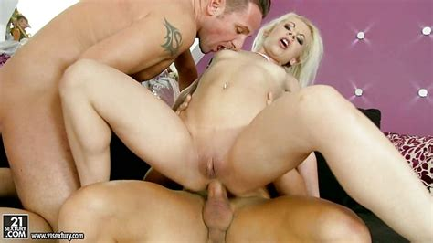 Anal Loving Whore Bounces Her Ass On A Huge Fuck Stick