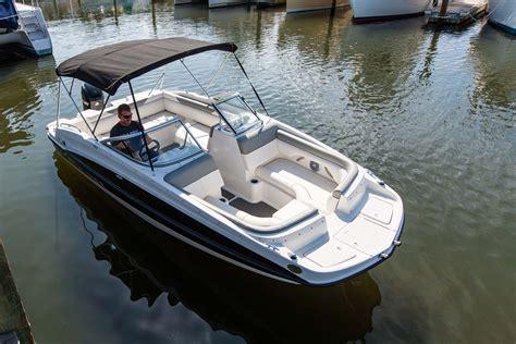 Deck Boat Uk by Bayliner 190 Deck Boat Buy 190 Deck Boat Nottinghamshire