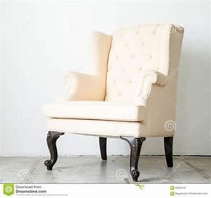 Fauteuil De Chambre : divan classique de sofa de fauteuil de style dans la chambre de vintage photo stock image ~ Teatrodelosmanantiales.com Idées de Décoration