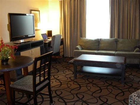 2 Bedroom Suites In Buffalo Ny by King Suite Living Room Picture Of Hampton Inn Amp Suites