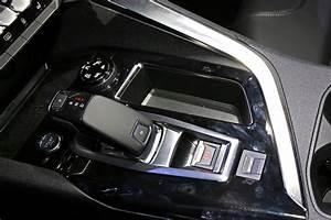 Grip Control Peugeot 3008 : visite guid e bord du nouveau peugeot 3008 ii 2016 levier de vitesse du nouveau peugeot ~ Medecine-chirurgie-esthetiques.com Avis de Voitures