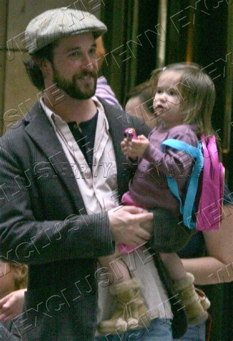 Noah and Auden Wyle in NYC – Moms & Babi... : 「ER 緊急救命室」のノア ...