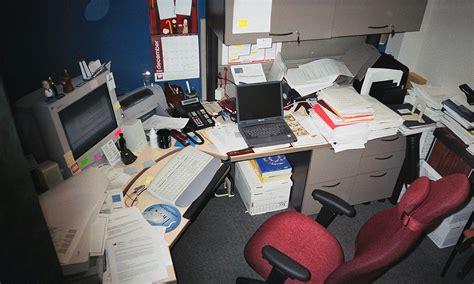 caida en el salon de oficina la enciclopedia libre
