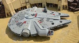 Legoland Günzburg Plan : millennium falcon in lego space ship from star wars made from plastic lego block editorial stock ~ Orissabook.com Haus und Dekorationen